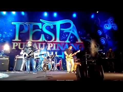 SI JANTUNG HATI - AMIR UKAYS ft INDERA BAND live @PESTA PENANG 2014