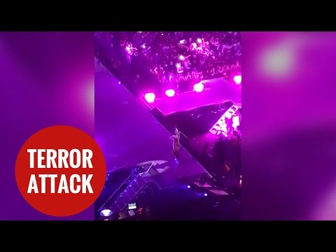 Ariana Grande performing at her concert moments before explosion