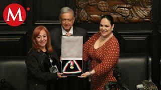 Rosario Ibarra entrega a AMLO medalla Belisario hasta aclarar desapariciones