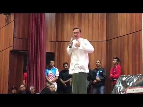 Anwar: I've forgiven Dr Mahathir, the people should too