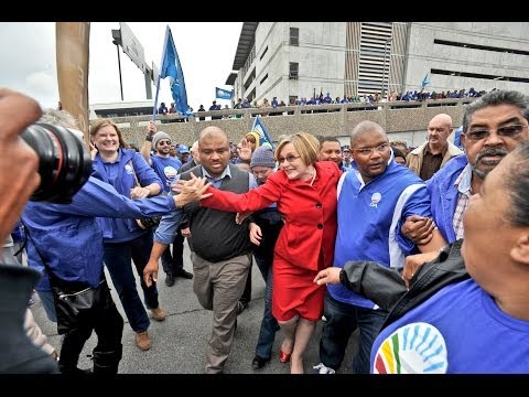 DA leader, Helen Zille arrives at the Cape Town Airport