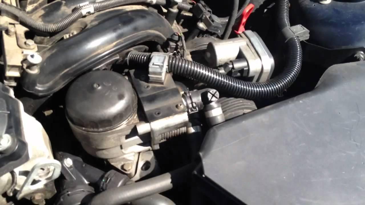 BMW 318i SE engine noise  YouTube