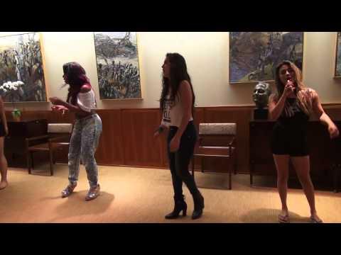 ▶ Fifth Harmony-Uma  Familia -Lauren chorando e Camila no hospital