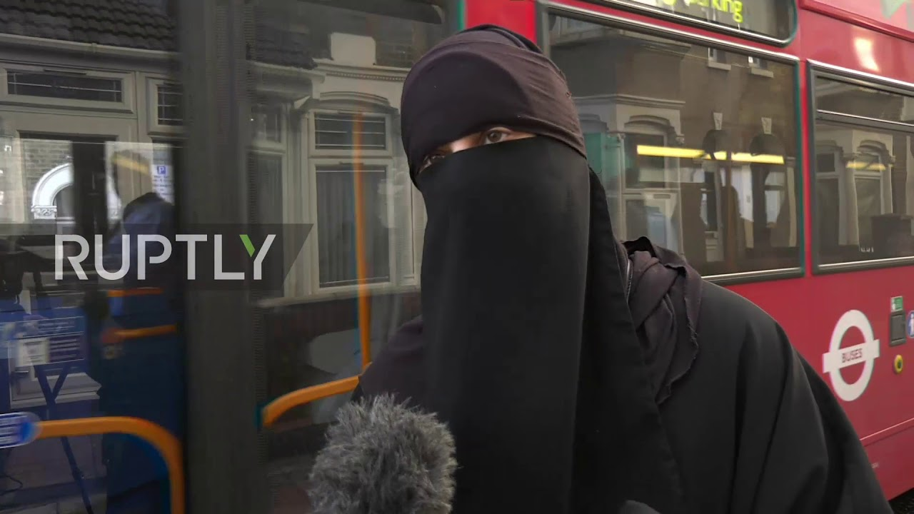 UK: Mothers react to Britain's top primary school hijab ban