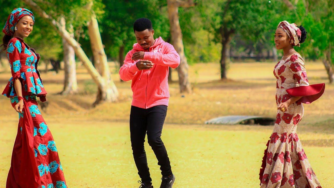 Download Umar M Shareef (TSAKANINMU) Official Video Song Feat Maryam Yahaya × Maryam Latest Hausa 2021
