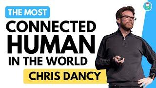 Зв'язку людини в світі, Кріс Денсі