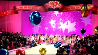 Sneak Peek - Victoria's Secret Fashion Show 2010 - FINALE Thumbnail