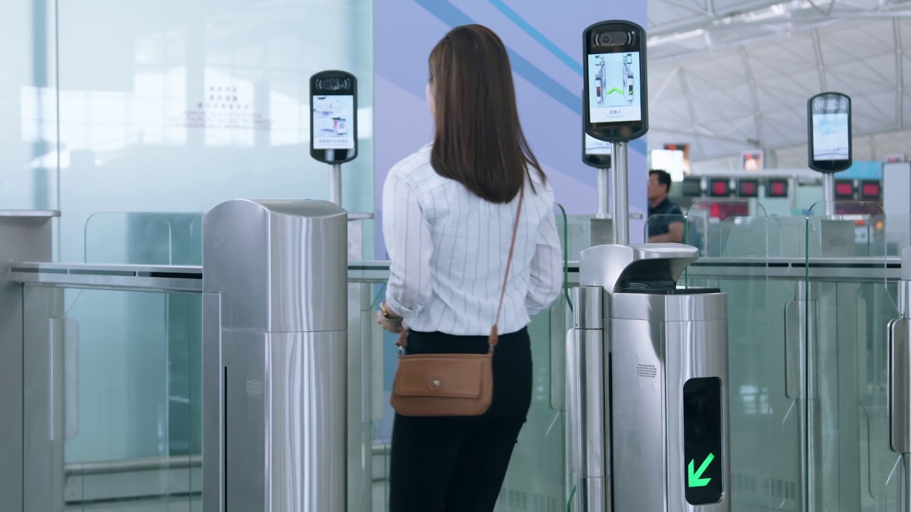 Hong Kong Airport now has facial recognition technology at its security gates – Business Traveller