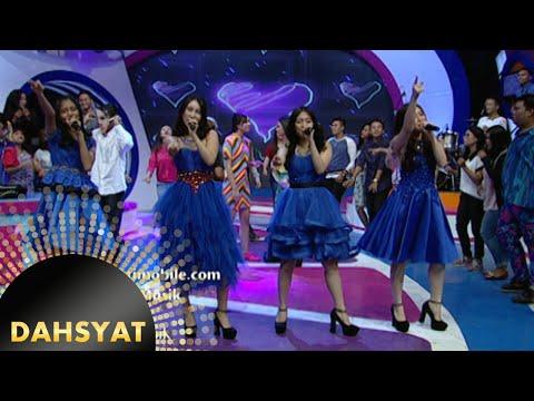 JKT48 nyanyi 'Heavy Rotation' versi dangdut [Dahsyat] [3 Des 2015]