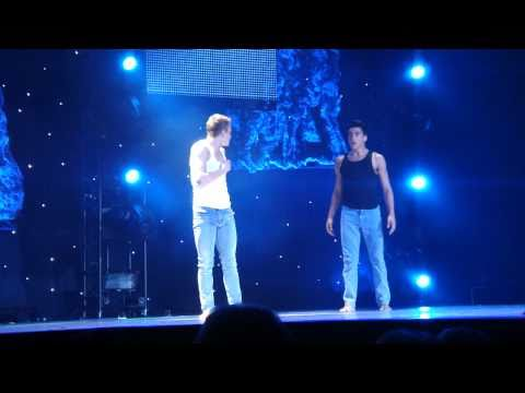 Kent & Robert in Travis Wall's 'How It Ends' LIVE Opening Night