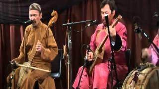 Repeat youtube video Huun Huur Tu - Ancient Shamanic Rock 1