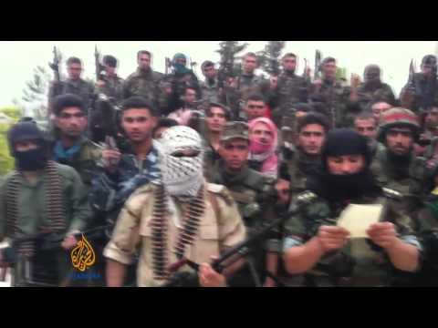 Syrian rebels divided three years into war