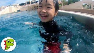 おでかけ ラグナシアのプールで水遊びをしたよ! トイキッズ