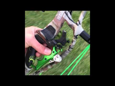 John Dudley Shooting HOYT Carbon Defiant 31 at 90 yards. Hoyt Test Drive