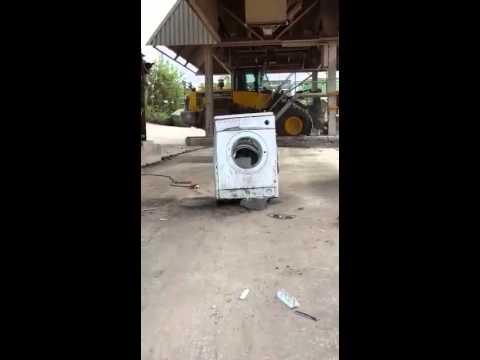 waschmaschine mit stein kaputt machen youtube
