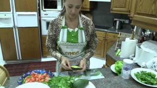 Рецепт легкого сыроедческого салата