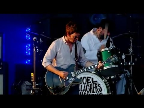 (I Wanna Live in a Dream in My) Record Machine [Live at V 2012] - Noel Gallagher's High Flying Birds