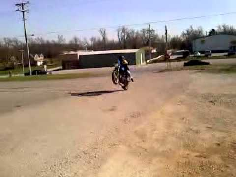 buell blast wheelie! - youtube