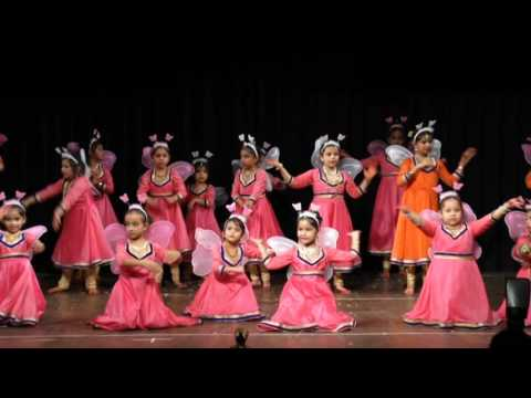 Chuna hai aasman dance by students of 'Chhandam dance academy Saket'