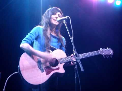 LIGHTS  Face Up  Acoustic