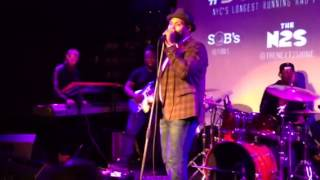 "Eric Roberson ""Couldn"