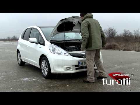 Honda Jazz 1.3l IMA CVT explicit video 1 of 2