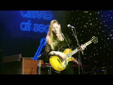 Joanne Shaw Taylor - I've Been Loving You Too Long 4K Mp3