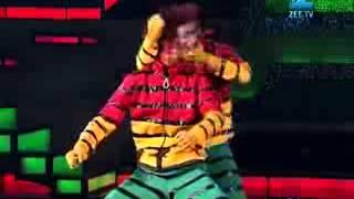 Raghav and Chotu performed on Amplifier in Dance India Dance season 3 HD LoudTronix me]