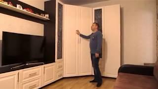 видео Угловой и модульный шкаф для посуды в гостиную: фото варианты