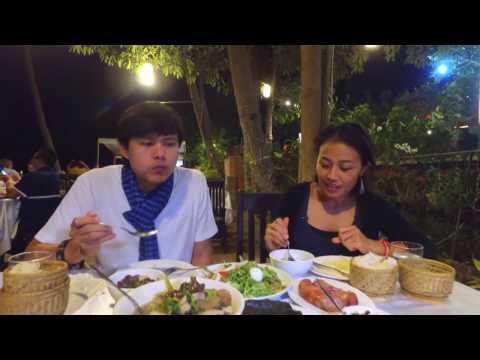 Laos food in luang phrabang 2017