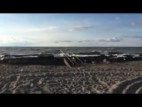 Walnut Beach Waves At Lake Erie In Ashtabula Ohio 3 13 18