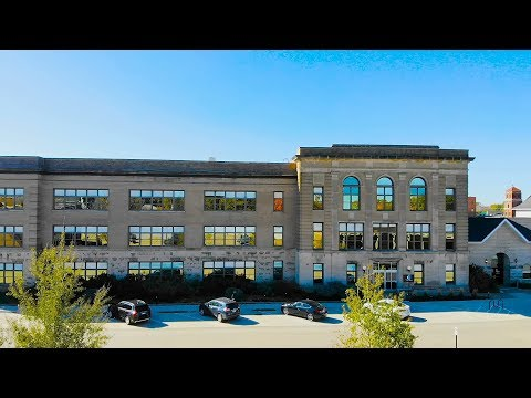 Hotel Grinnell - Best Adapted Boutique Hotel - Iowa 2018
