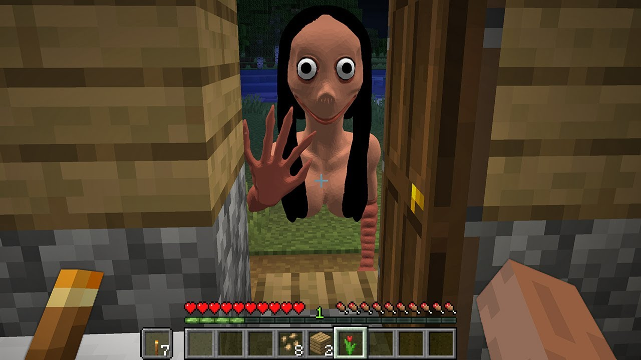 DON'T OPEN DOOR to MOMO in MINECRAFT By SCOOBY CRAFT