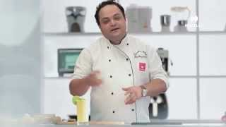 mixed fruit muesli smoothie recipe with havells blender by chef shantanu gupte