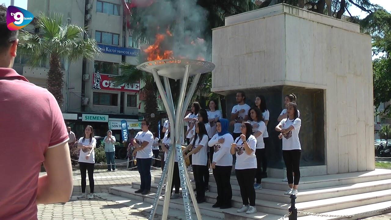 Ödemiş'te öğrenciler işaret dili İzmir Marşı'nı söylediler