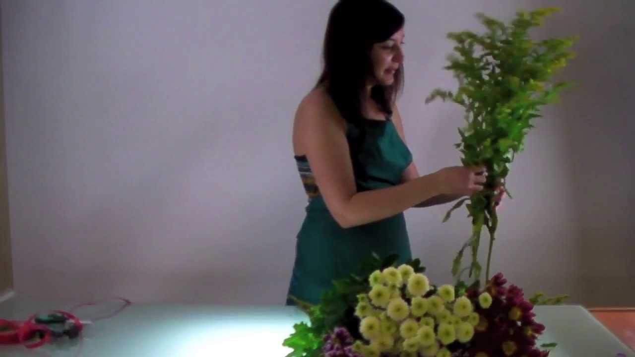 Мастер-класс: собираем цветочную композицию из кустовых хризантем