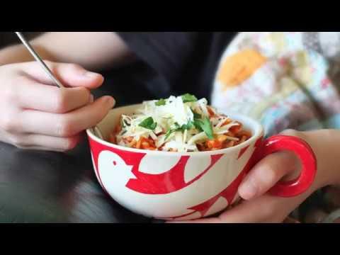 10-Minute Tomato and Basil Pasta Sauce