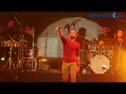 Rock on | Farhan Akhtar live @ Nagpur Mahotsav 2016