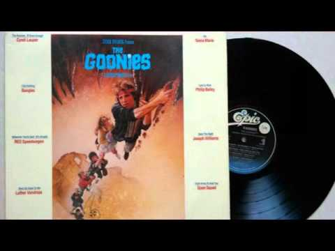 THE  GOONIES-ORIGINAL  MOTION  PICTURE  SOUNDTRACK(1985)