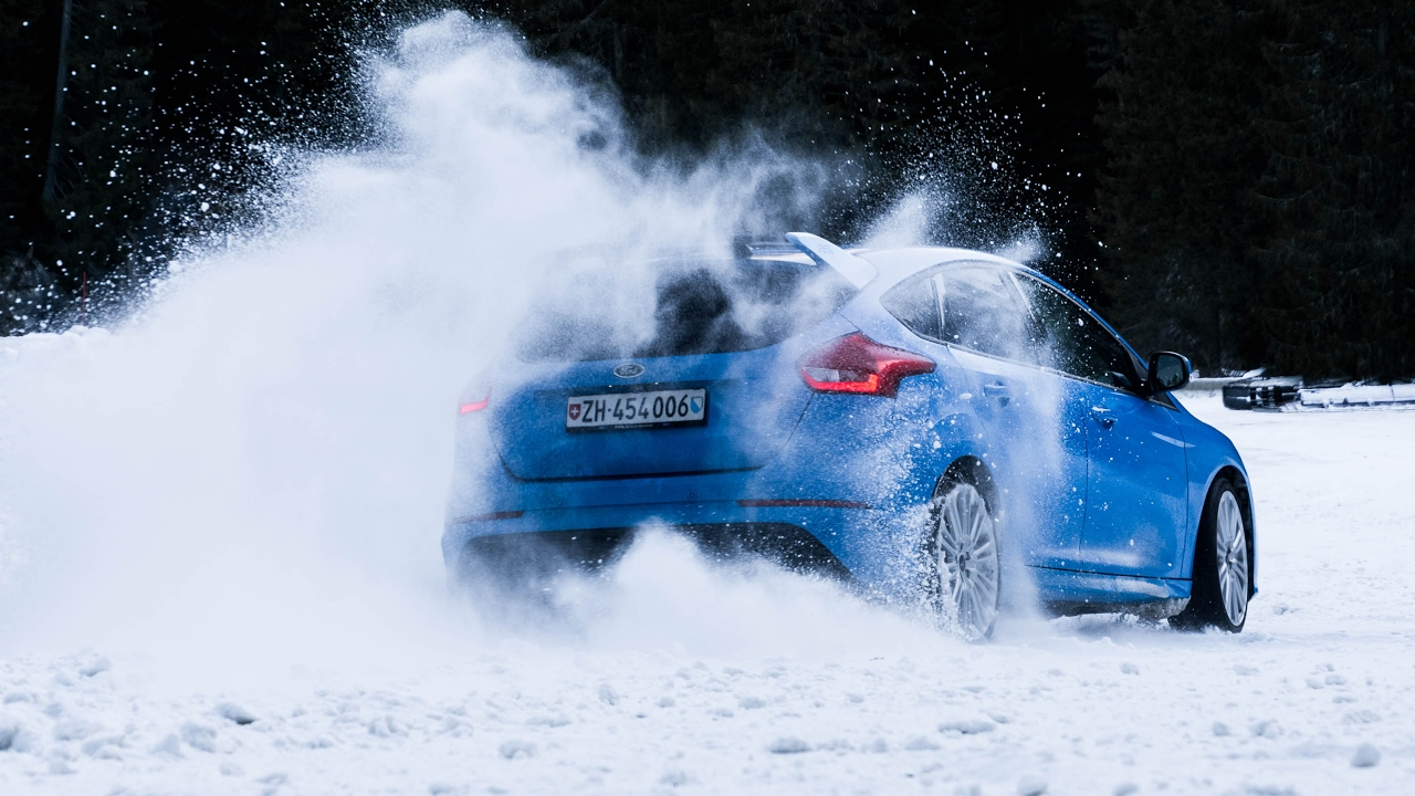 Ford Focus RS - Drift Symphony Flaine ice track