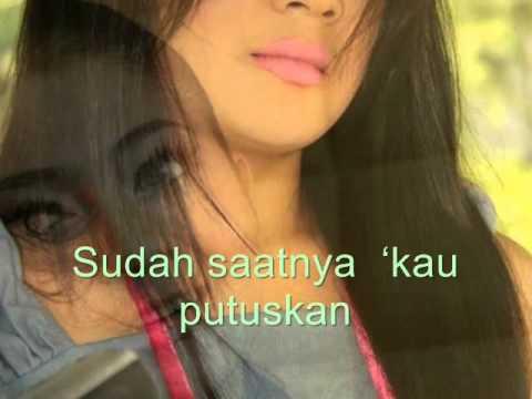 Kisah Yang Salah-Indah Dewi Pertiwi (with Lyrics)