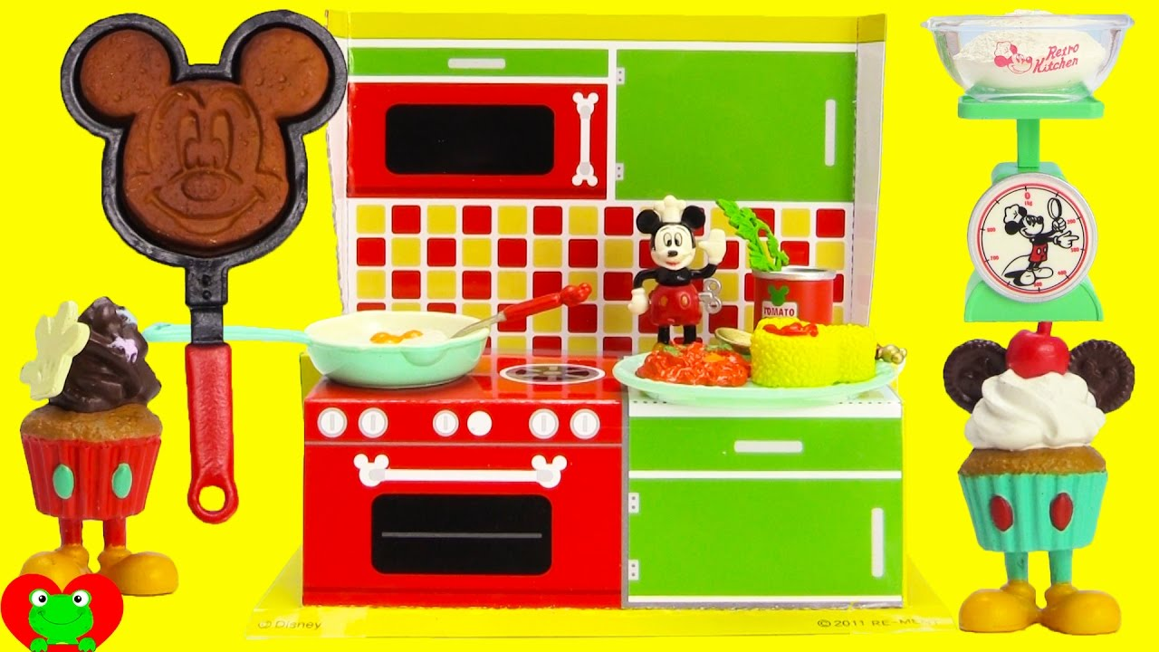 Mickey Mouse Toy Kitchen Set