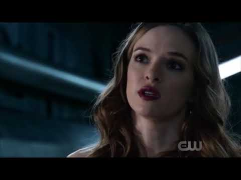 The Flash 4x08 [ALL 4 Crossovers] - Snowbarry (Barry & Caitlin) Scenes/Reaction/Crack