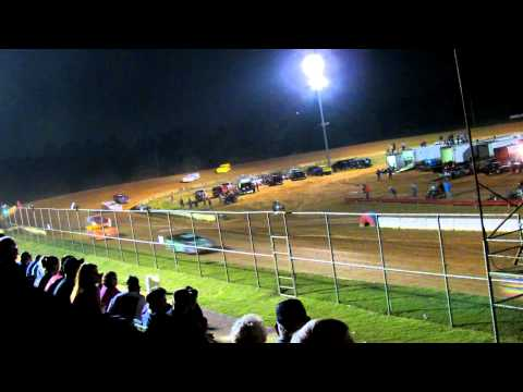 Late Model 3 & 1 Spin out Fayetteville Motor Speedway NC 9-15-2012.MOV