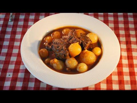 Στιφάδο παραδοσιακό με κρεμμυδάκια μέλι πανεύκολα – Stifado | Greek cooking by Katerina