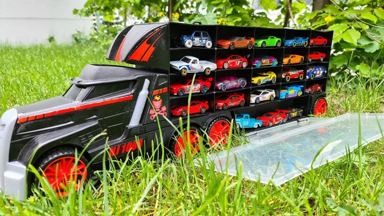 Car models Transportation by Truck welly cars hot wheels In the garden