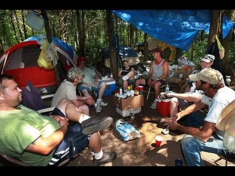 ~~The HOMELESS SQUAD~~ A Camp of Homeless Gang-Exclusive Documentary