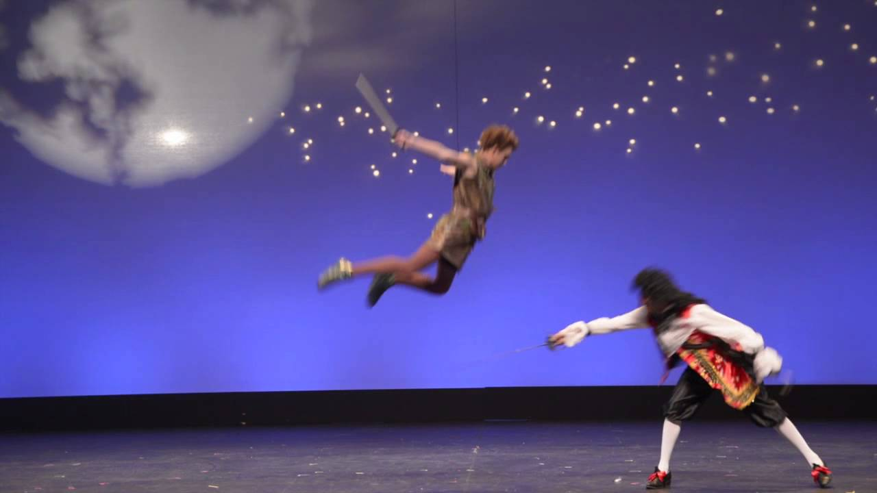 Peter Pan And Tinker Bell Fly