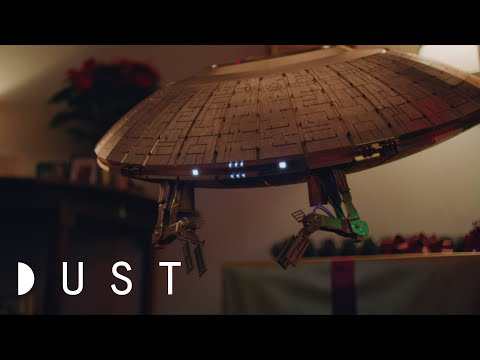 """Sci-Fi Short Film """"Invaders"""" Presented By DUST"""
