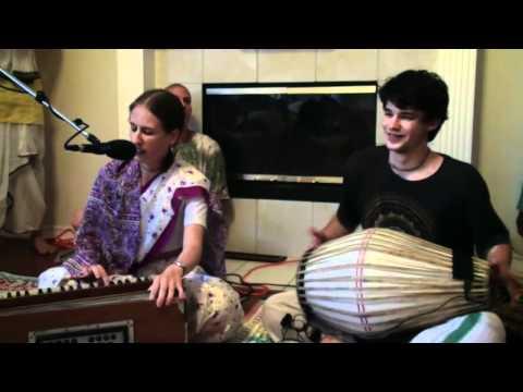 Bhajan - Ratna Radhika - Hare Krishna - 4/5